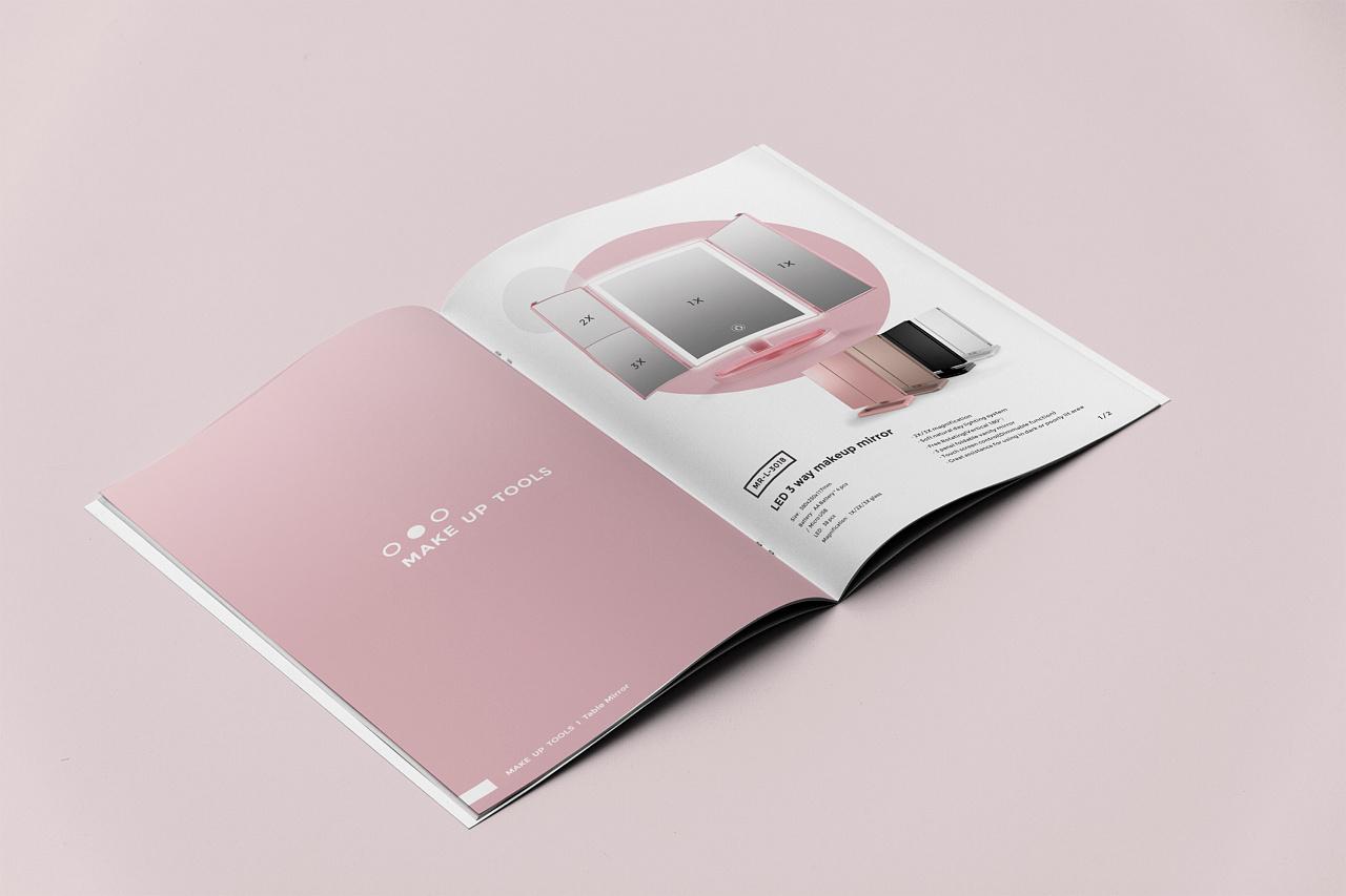 一款清新风化妆品画册设计