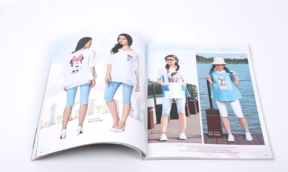 夏装服装画册设计